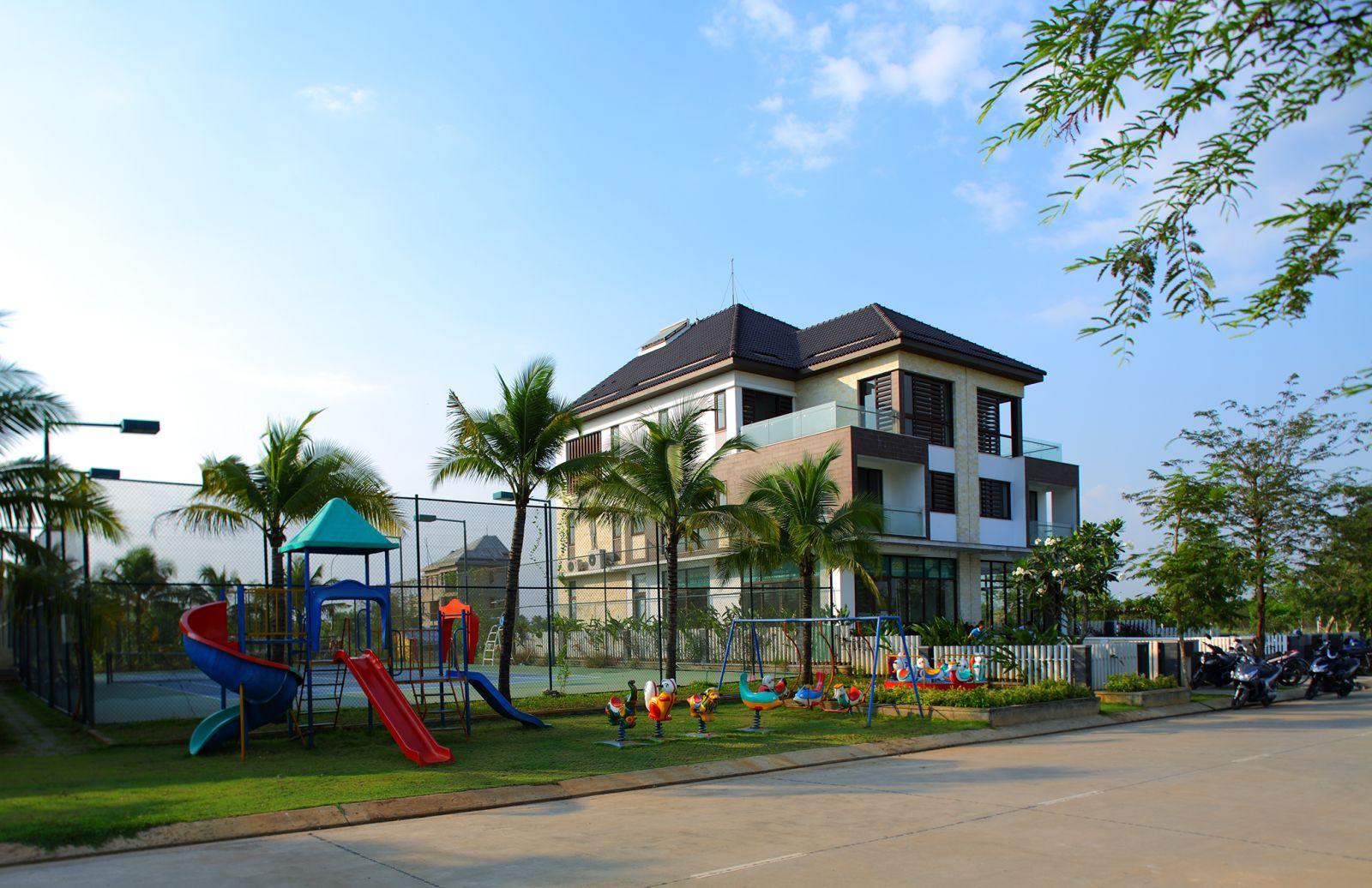 khu-vui-choi-tennis-jamona-home-resort