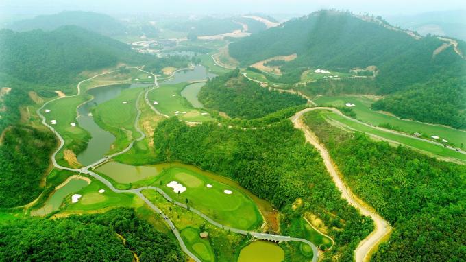 Sân golf Hilltop Valley Golf Club là dự án nổi bật của Geleximco tại Hòa Bình.